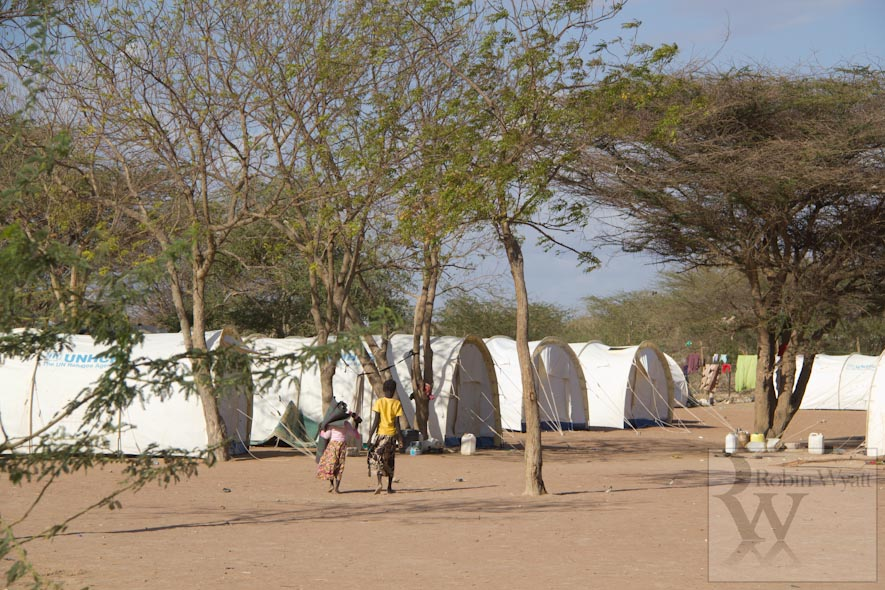 kenya north eastern dadaab refugee camp christian minorities humanitarian unhcr transit 15174 Dadaabs Christians